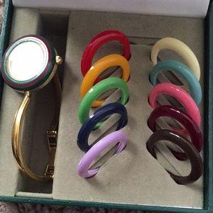 Gucci 11/122 Change Bezel Quartz Ladies Wristwatch
